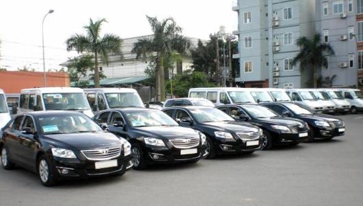 Dịch vụ cho thuê oto ở Đà Nẵng