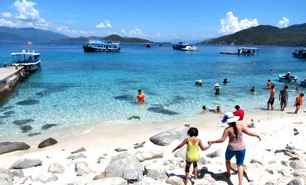 Bãi biển Nha Trang - ảnh 2