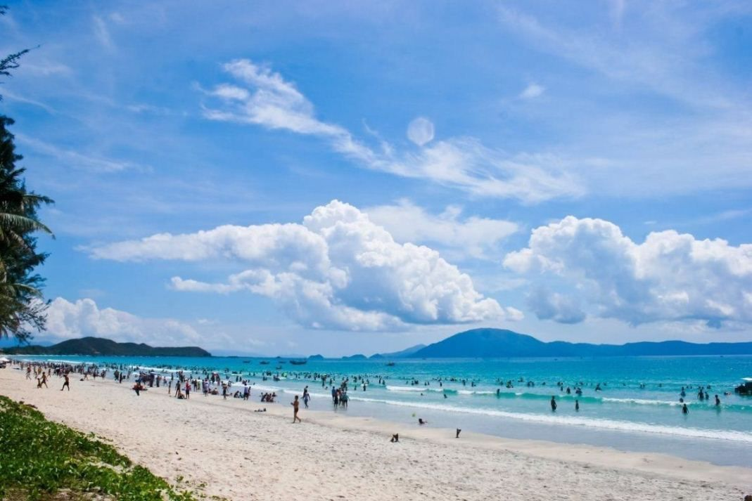 Bãi biển Trà Cổ - Móng Cái, Quảng Ninh