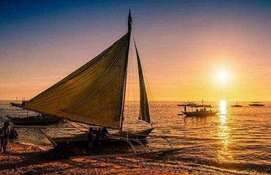 Hoàng hôn trên Vịnh Manila