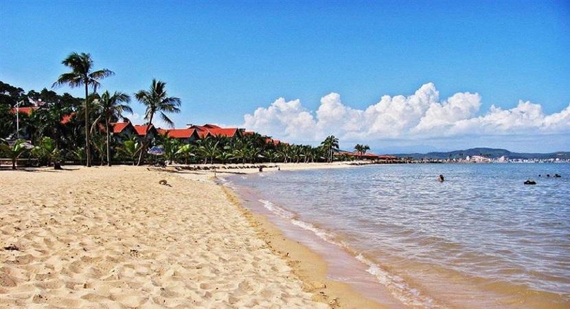 Bãi biển Trà Cổ -2
